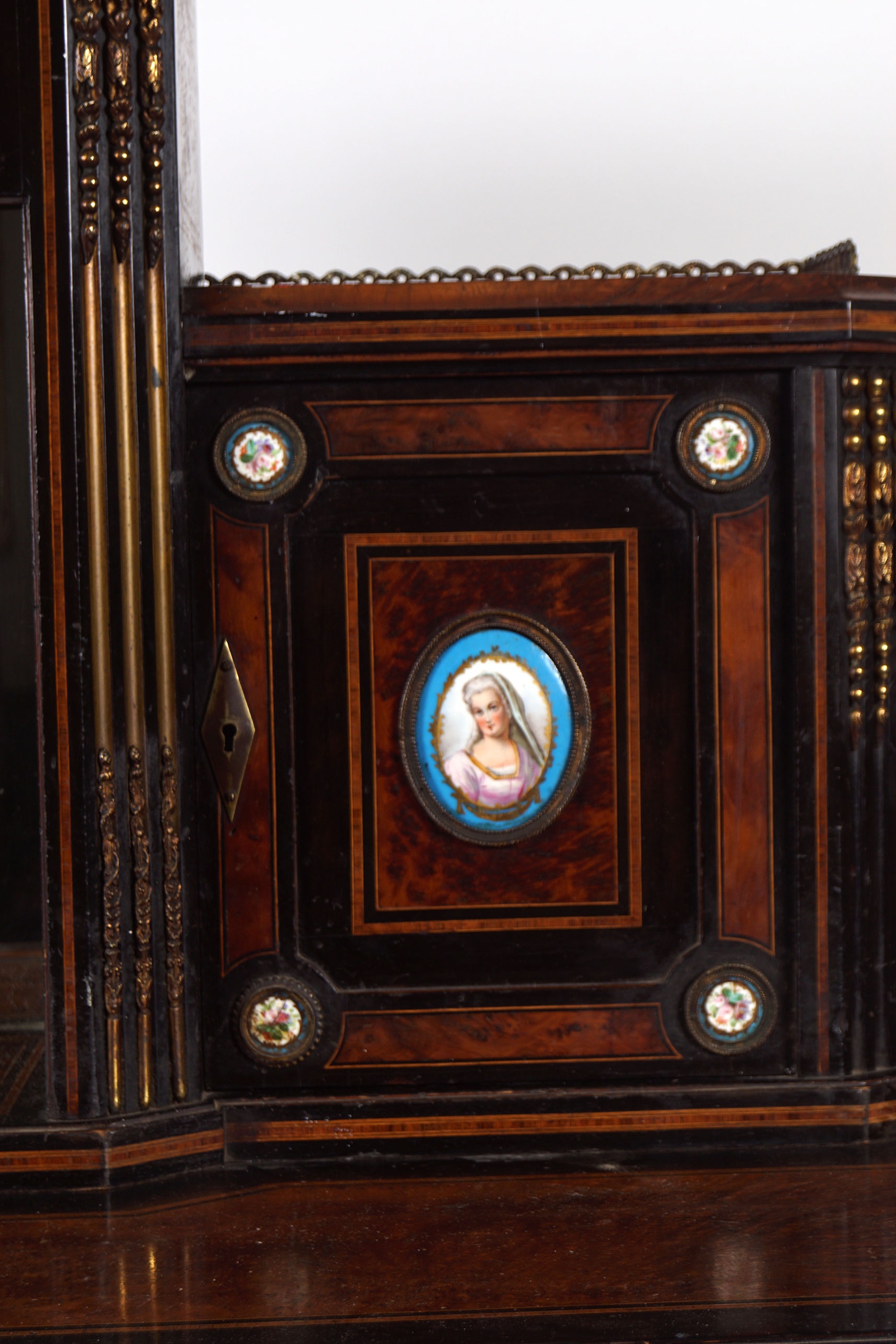 19TH-CENTURY EBONY AND AMBOYNA BONHEUR DU JOUR - Image 2 of 5