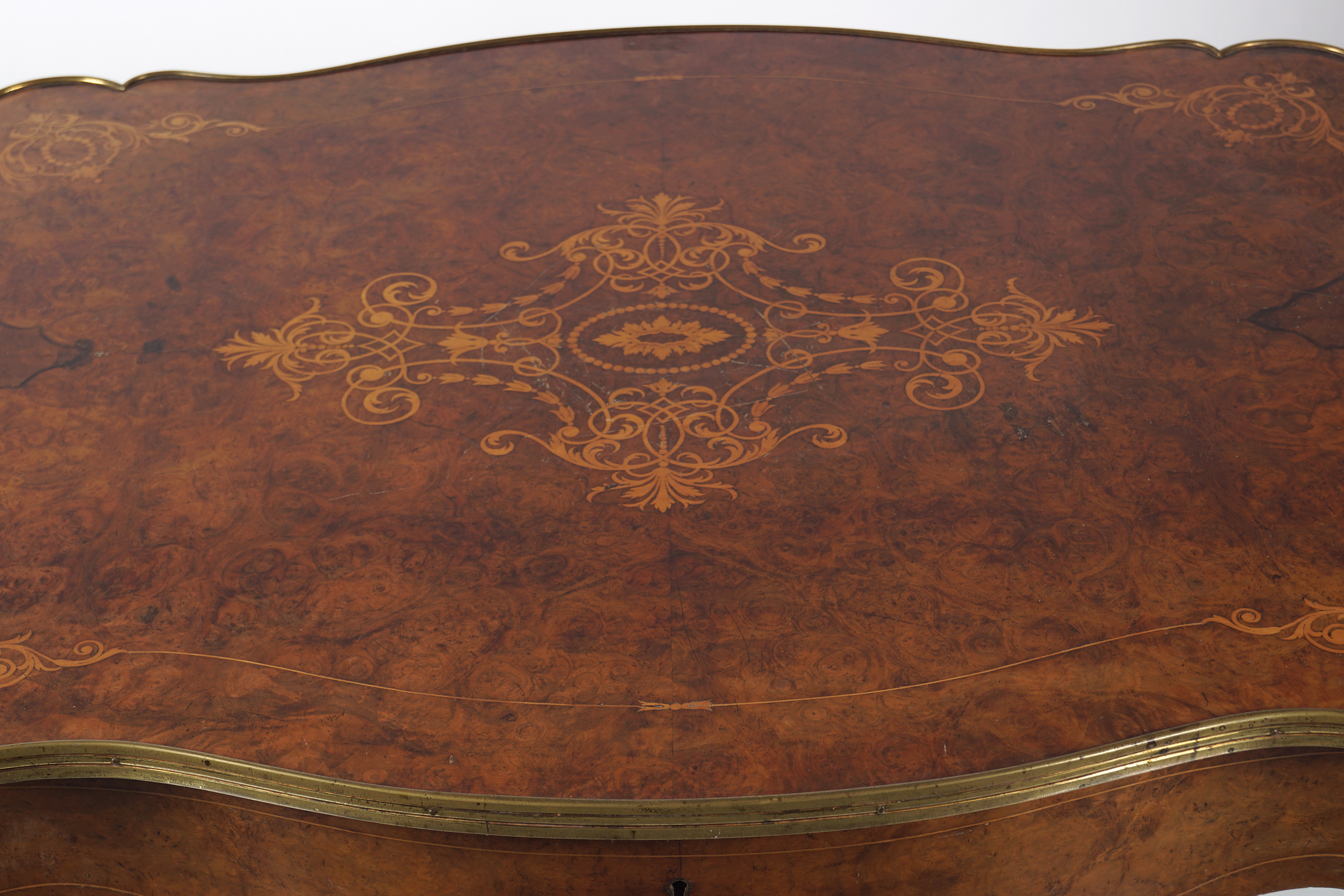 VICTORIAN INLAID WALNUT CENTRE TABLE - Image 3 of 5