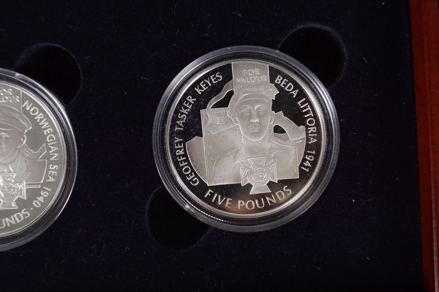 18 SILVER VC - Image 3 of 6
