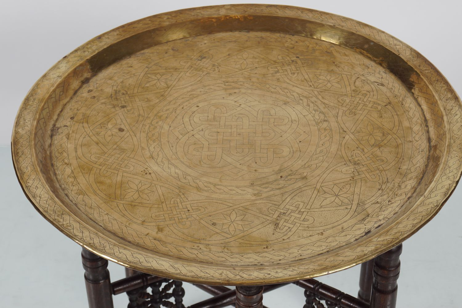 19TH-CENTURY INDIAN BRASS TRAY - Image 3 of 4