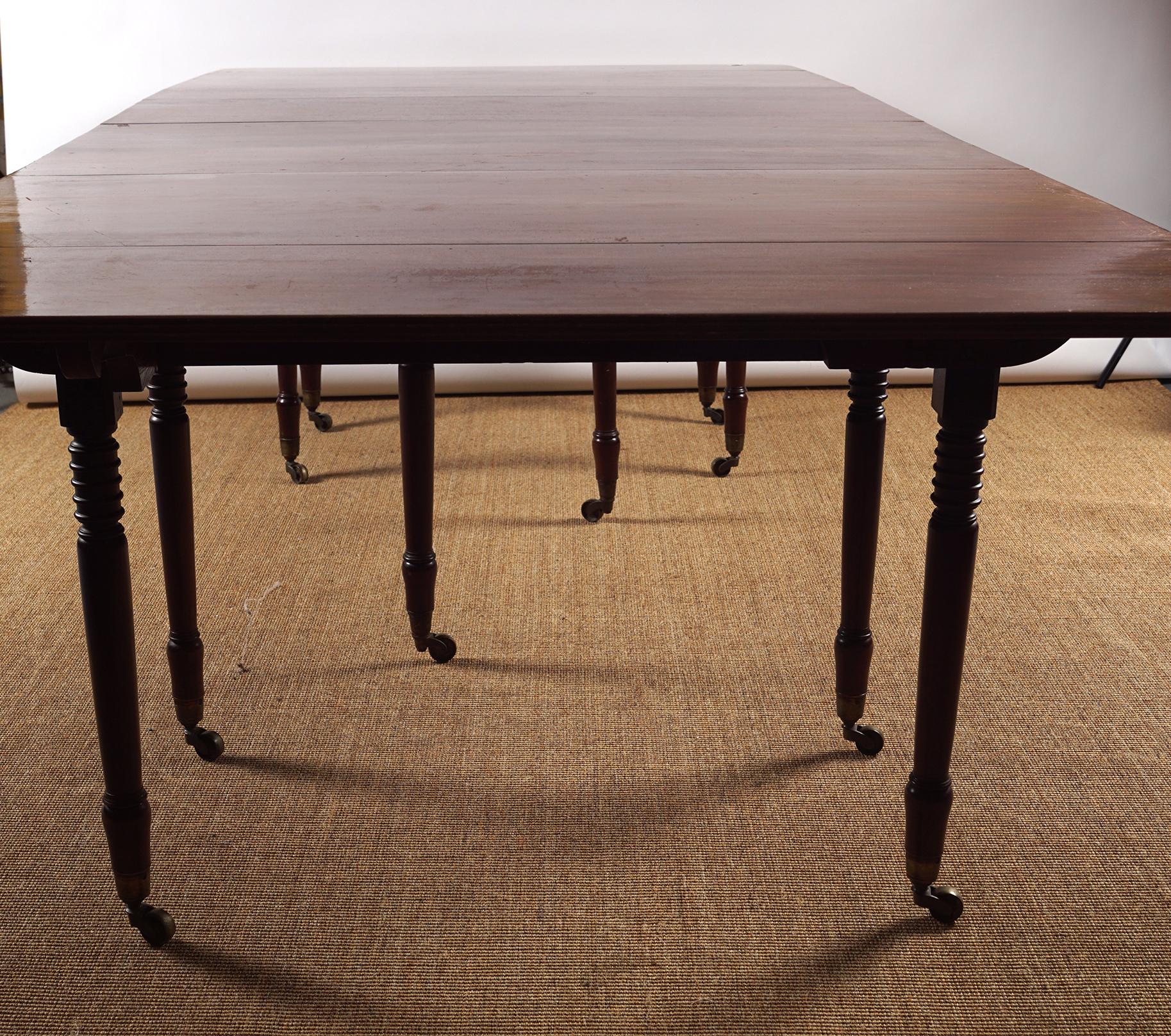 REGENCY PERIOD MAHOGANY DINING TABLE - Image 2 of 8