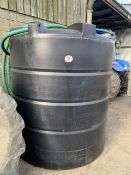Plastic 5000lt water tank c/w ballcock valve