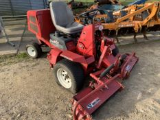 Toro Groundpro 2000 lawn mower c/w Daihatsu Vanguard DM850D engine- spares or repairs