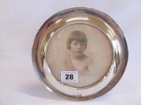 "Circular silver photograph frame - B'ham 1906 (for 5""x 5"")"