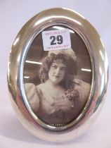 """Oval silver photgraph frame - B'ham 1920 (for 5""""x 3 1/2"""")"""