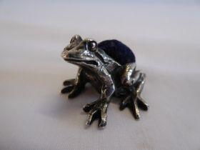 Silver frog pin cushion - London 1994