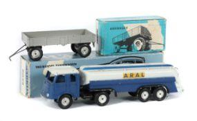 2 Modellfahrzeuge Märklin, Guss/Blech,
