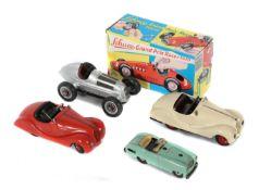 4 Modellfahrzeuge, 2 Schlüssel Schuco,