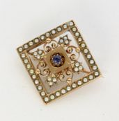 AN ANTIQUE BROOCH 333/000 red gold with sapphire and seed pearls. 20 x 20 mm, gross weight