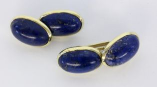A PAIR OF CUFFLINKS 585/000 yellow gold with lapis lazuli. Gross weight approximately 16.5