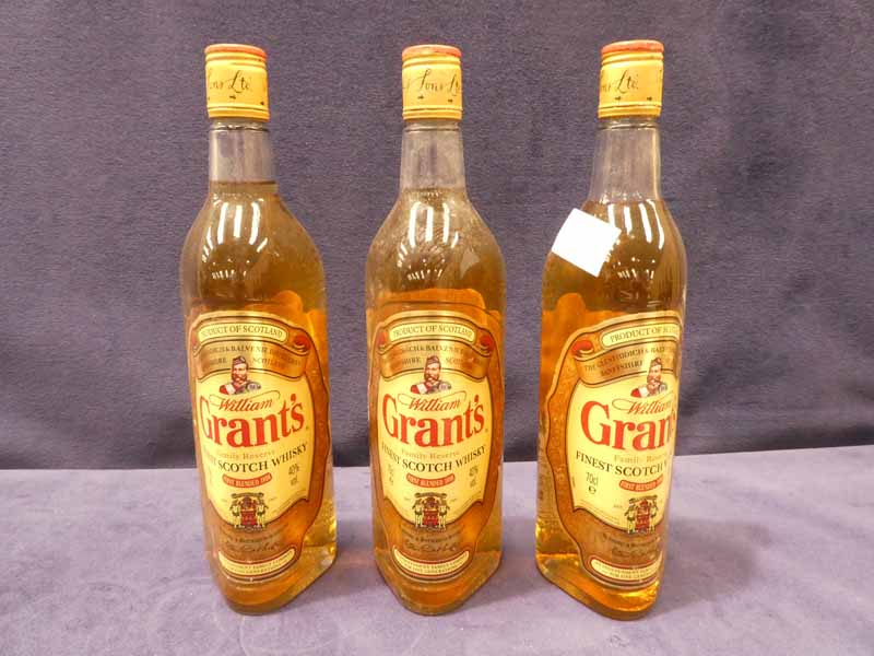 Three bottles of Grant's finest Scotch whisky 70cl, 40% vol