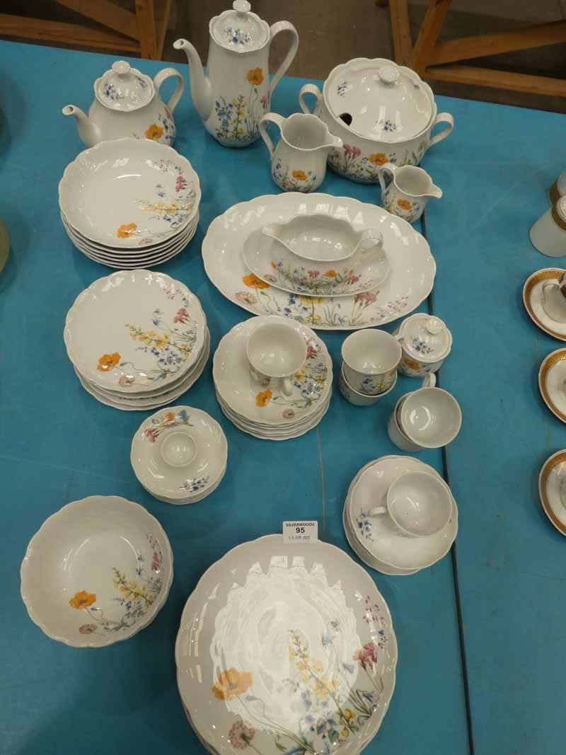 A good mid century floral Dinner Service by Feltman of Bavaria finished in sprays of meadow flowers