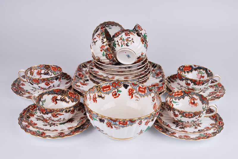 A Copeland Spode porcelain Imari eight setting tea set of ribbed form comprising eight cups, saucers - Image 5 of 5