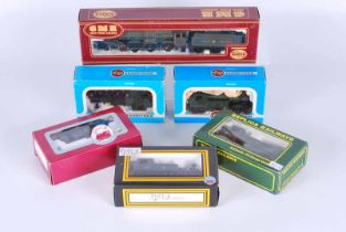 A collection of six Double O Locomotives boxed Airfix No541242.2 G.W.R 4.6.0 Caerphilly castle