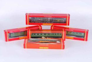 Hornby railways Double O Locomotive and four coaches. R132, SR 4-4-0 loco schoold class V