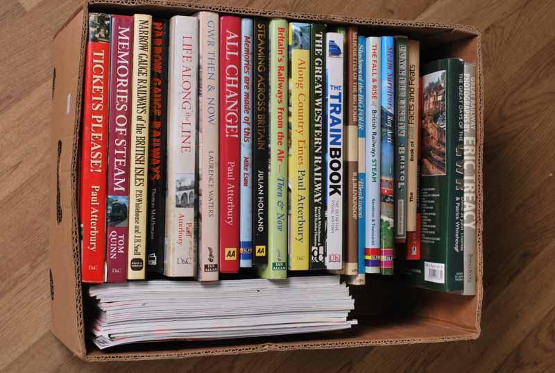Box of 24 railway hardback books and 15 G scale jounals