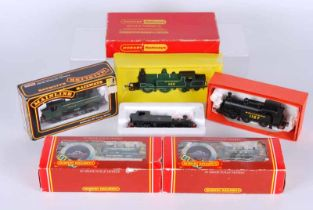 A collection of four boxed and two unboxed Double O Locomotives, Hornby R059 G.W.R 0.60 class 2721