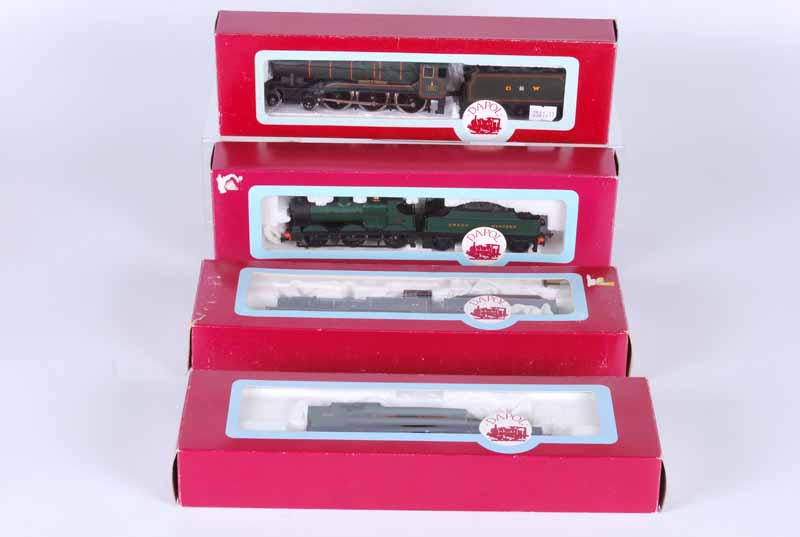 Four Dapol Double O Locomotives, all boxed D103 G.W.R 4.6.0 county of Chester D67 S.D.J.R 4.4.0 - Image 2 of 2
