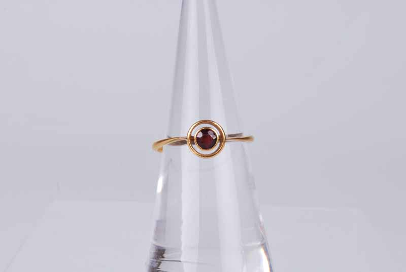 A 22 ct gold rub over set ruby target ring, size N 1/2, 2.1 g - Image 3 of 3