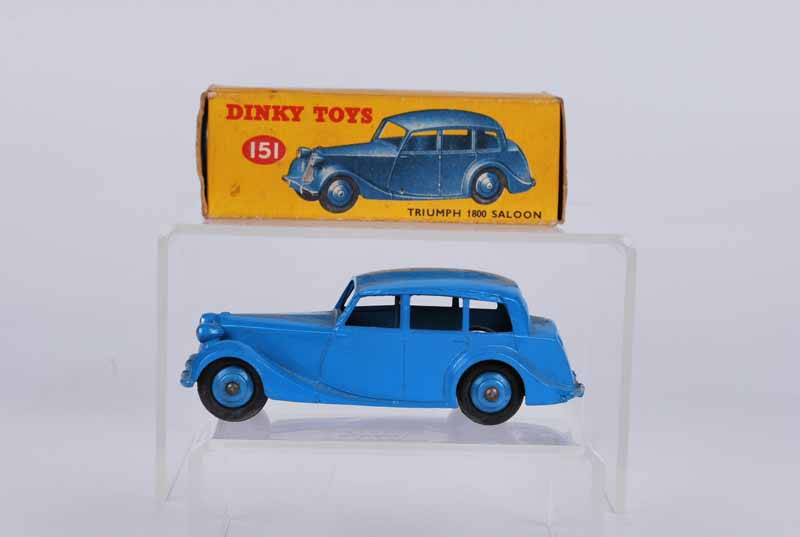 Dinky toys 15l Triumph 1800 saloon boxed