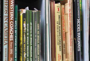 Box containing approx 30 railway books including great western railways model railways