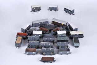 Collection of 30 G.W, railway goods wagons, mainly cooper craft, unboxed