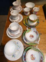 Box of mainly Paragon china and Royal Albert - 27 pieces