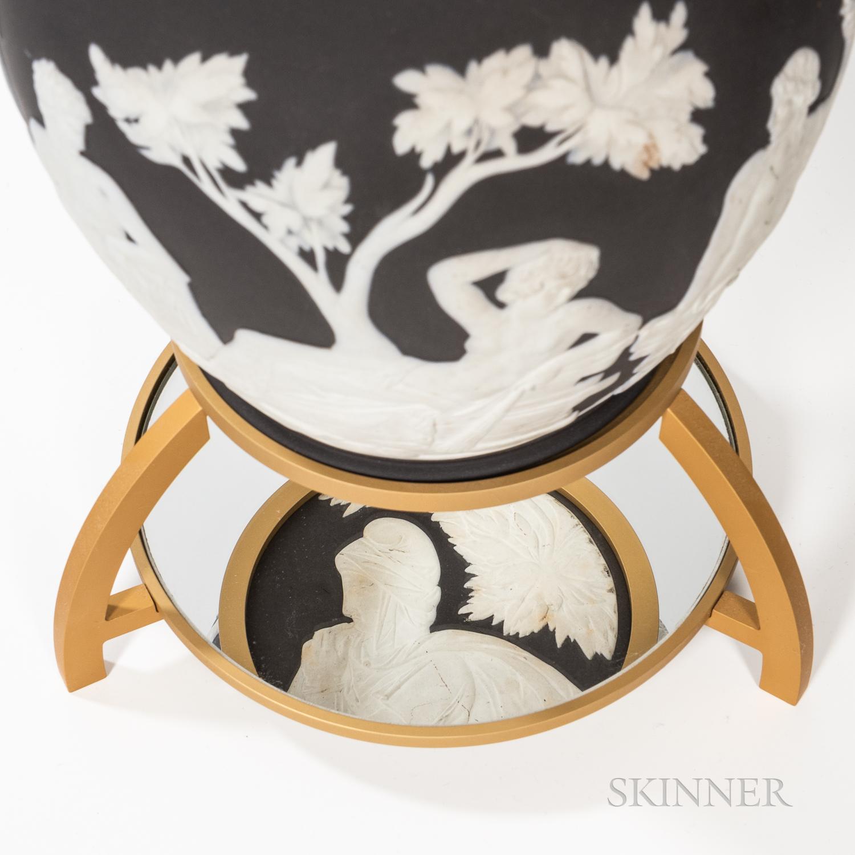 Wedgwood Solid Black Jasper Portland Vase - Image 2 of 2