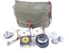 Brady wicker fishing creel with flies, line and 3 reels incl. Hardy 'The Viscount 140' MkII