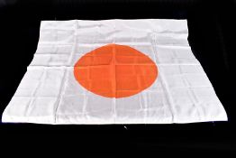 A WWII silk Japanese Flag of The Rising Sun, approx. 90cm x 69cm