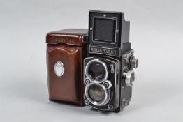 A Rolleiflex 2.8C K7C TLR Camera serial no 1415164, body G, dust to main mirror, eyelevel mirror