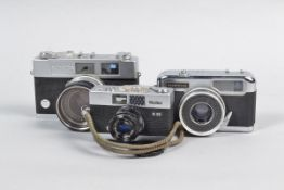 A Rollei B35 and Other 35mm Film Cameras, comprising a chrome Rollei B35, made in Germany, with a
