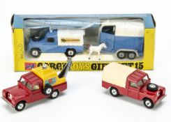 Corgi Toy Land Rovers, Gift Set 15 Land Rover & Rice's Beaufort Double Horse Box, in original box,