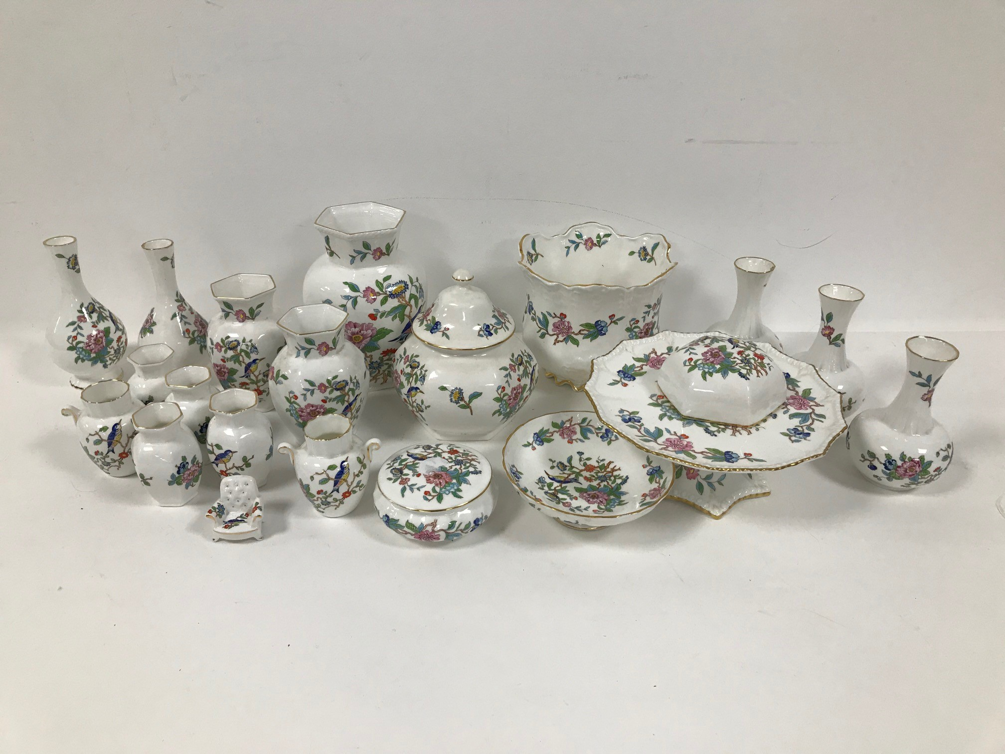 A collection of Aynsley porcelain Pembroke pattern items, including cake stand, vases, plant pot and