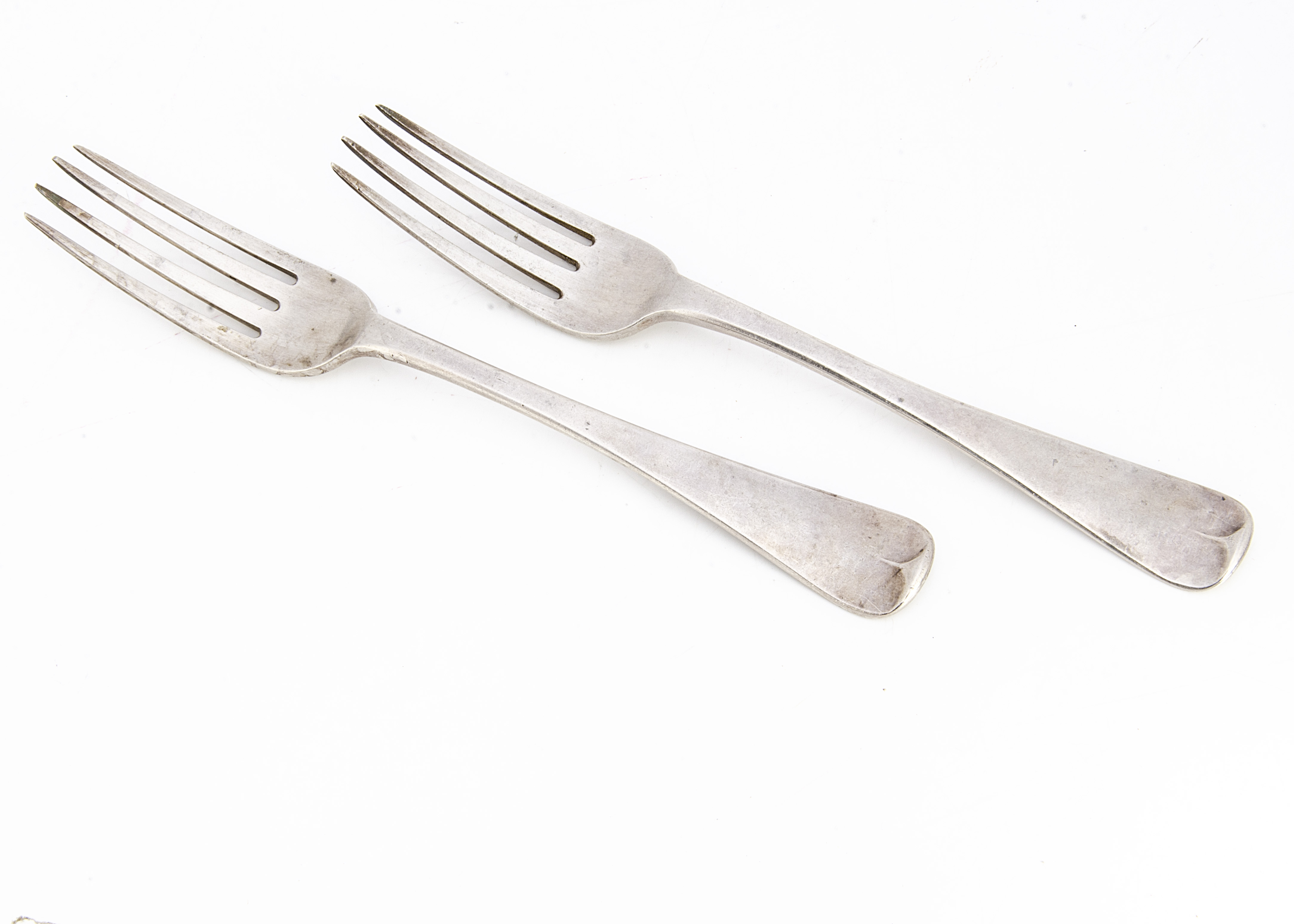 A pair of William IV silver forks by John & Henry & Charles Lias, old English pattern with engrved H