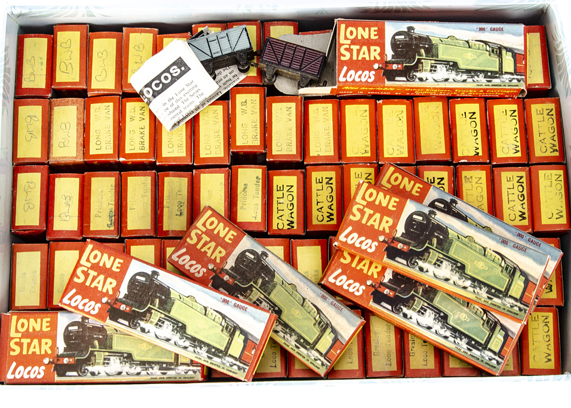 Boxed ex-shop stock Lone Star Locos '000' N gauge push-along Trains, comprising 2 Gresley A4 locos