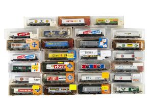 Roco N Gauge Continental Sliding Wall Wagons, a cased group mostly commercially branded includes,