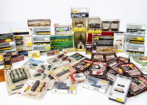 N Gauge Trackside Accessories Vehicles and Figures, various examples mainly packaged/boxed some
