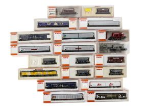 Arnold N Gauge Continental Freight Wagons, a cased collection includes hopper wagons, 4434 (4),