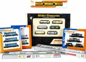 N Gauge Arnold and Roco Continental Goods Wagons, a boxed group of two or more wagons, Roco 24015