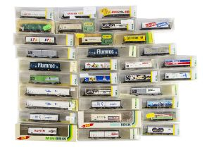Minitrix Continental N Gauge Freight Wagons, a mainly cased collection of sliding door, refrigerated