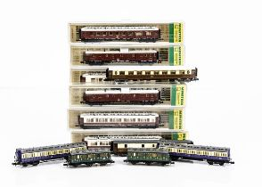 Continental N Gauge Coaching Stock, cased Minitrix Compagnie Internationale Des Wagons Lit in