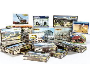 Pola and Arnold N Gauge Continental Buildings and Layout Accessory Kits, a boxed collection of