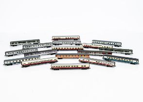 Continental N Gauge German Coaching Stock, all unboxed includes a rake of six DB Trans Europ Express