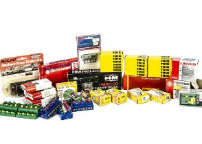 Electronic Accessories and Track Cleaners, various components, Fleischmann boxed 6960 EVA units (2),