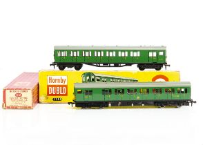Boxed Hornby-Dublo 00 gauge 2-rail Southern Region Electric Multiple Unit, comprising motor and