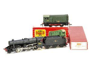 Boxed Hornby-Dublo 00 gauge 2-rail Locomotives, ref 2225 '8F' no 48109 in BR black, G, left side