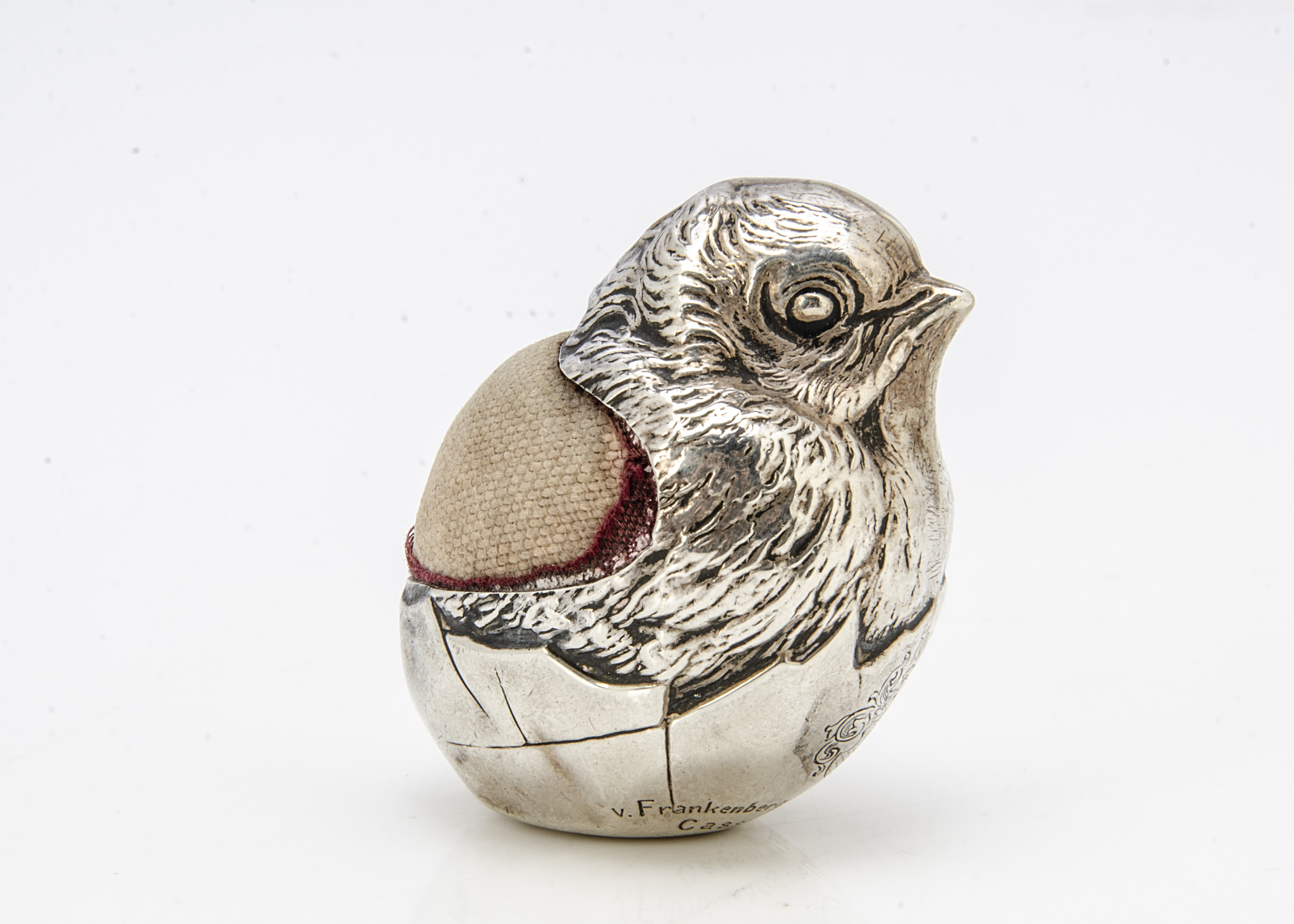 An Edwardian silver filled novelty pin cushion by Sampson Mordan & Co, in the form of a chick - Image 2 of 2