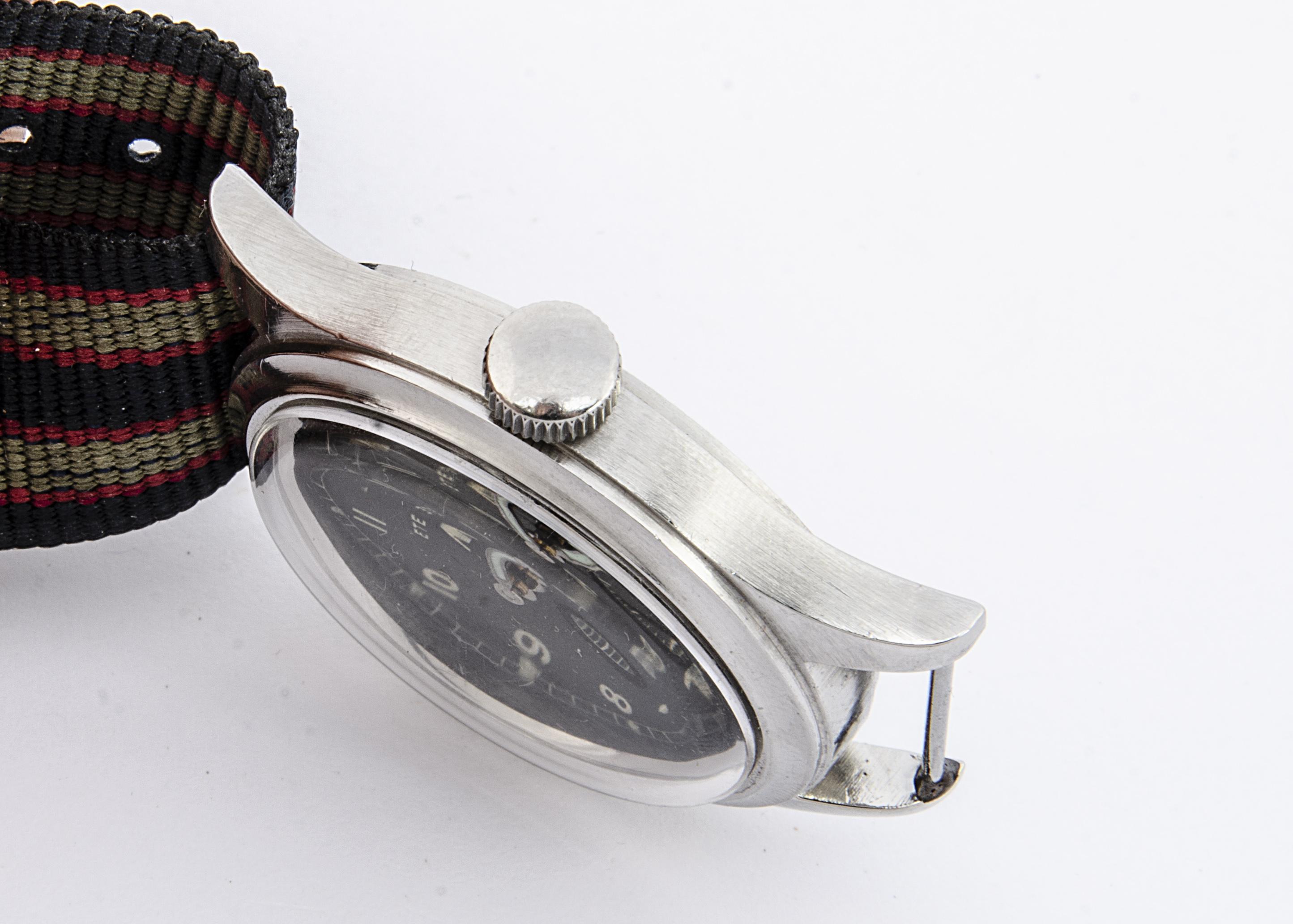 "A c1940s Eterna WWW Military ""Dirty Dozen"" stainless steel wristwatch, 36mm case, running, black - Image 3 of 6"