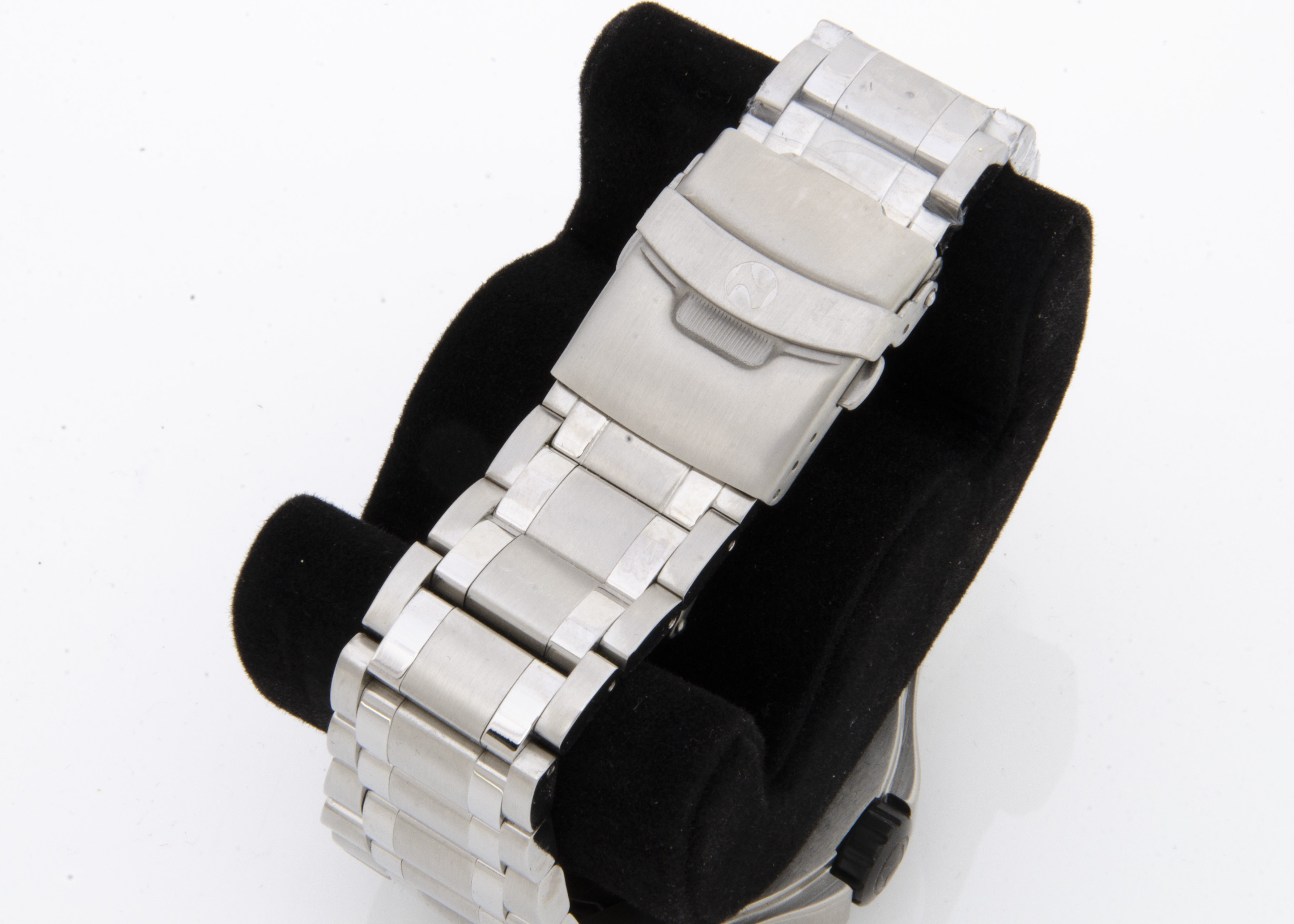 A modern Nubeo diver's automatic stainless steel gentleman's wristwatch, 52mm case, black dial, with - Image 2 of 3